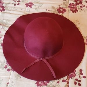 Old Navy Burgundy Wool Hat
